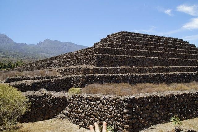 Bezienswaardigheid piramides van Guimar