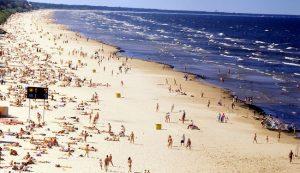 Strand Jūrmala in Letland