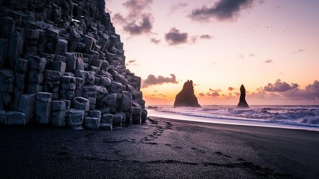 Strand Reynisfjara in IJsland
