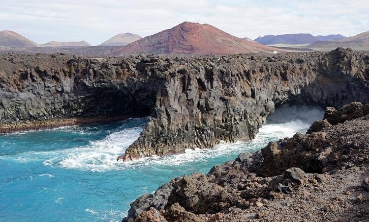 Los Hervideros op Lanzarote in november bezoeken