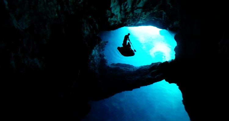 Blauwe grotten Bisevo