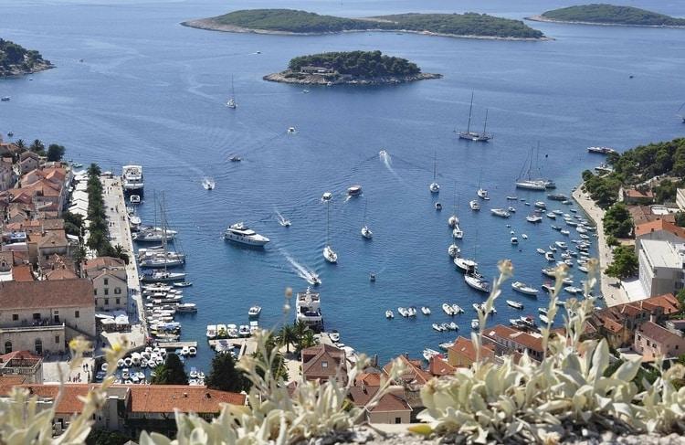 Het eiland Hvar in Kroatië