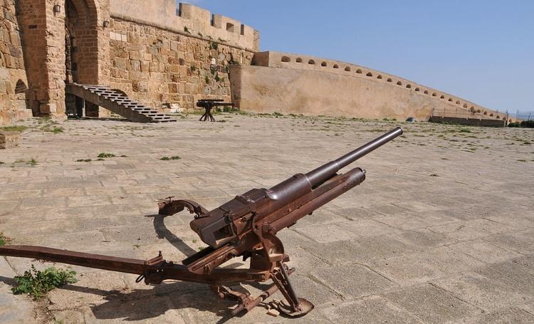 Bezienswaardigheden: fort Spanjola