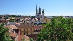 Uitzicht op kathedraal van Zagreb