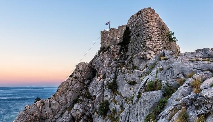 Fort Starigrad Omiš