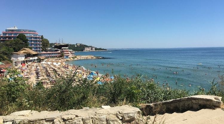 Het strand bij Varna