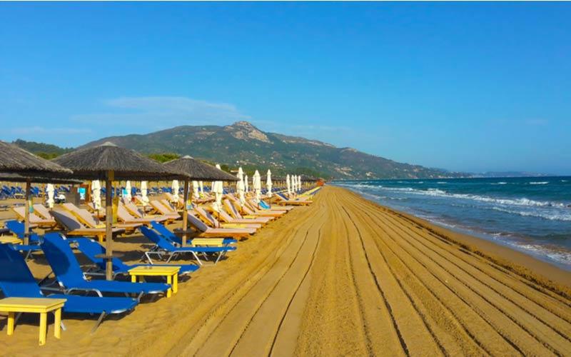 Banana beach in de buurt van Argassi