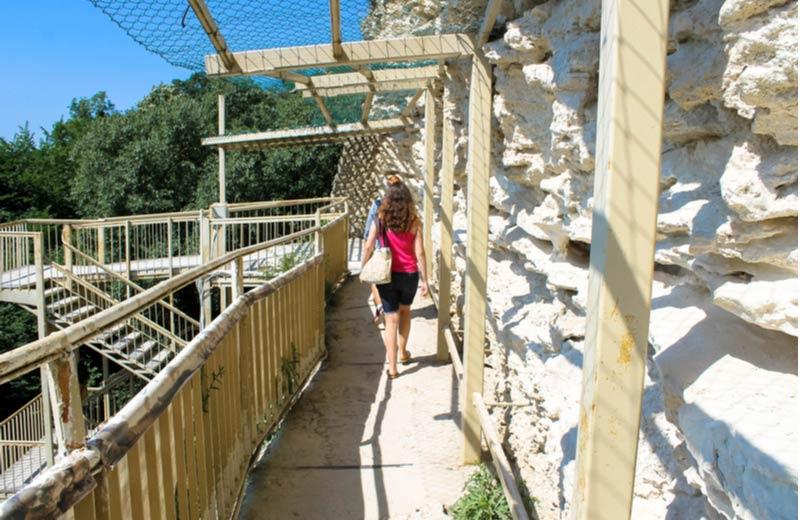 Grotten Aladzha klooster