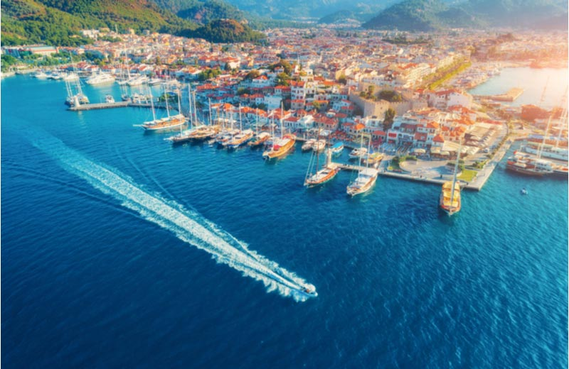 Uitzicht over haven en Marmaris