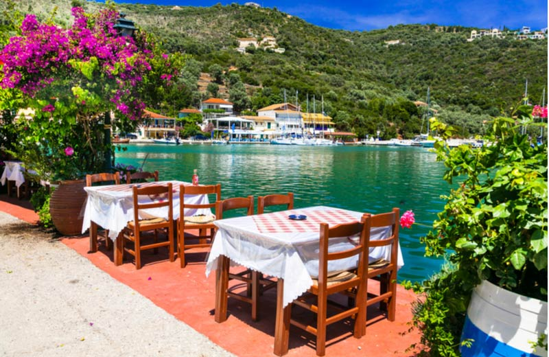 Restaurant aan water in Sivota Lefkas