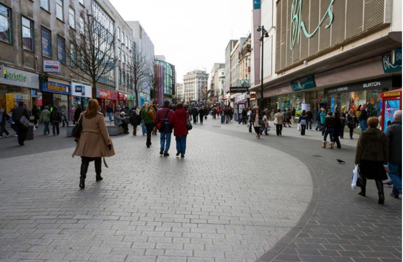 Winkelen aan Lord Street in Liverpool