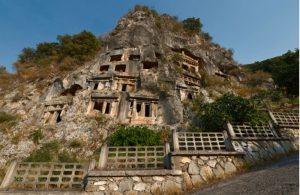 De rotstombes in Fethiye