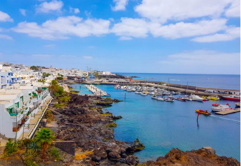 Haven met oude gedeelte Puerto del Carmen