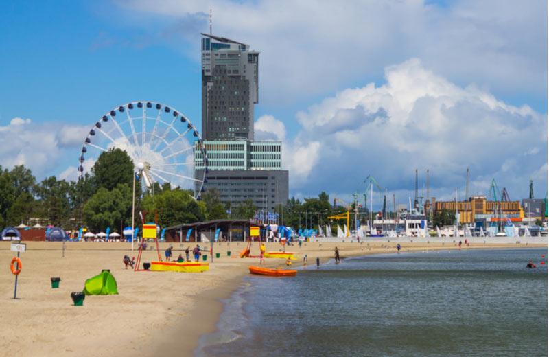 Het strand van Gdynia beach
