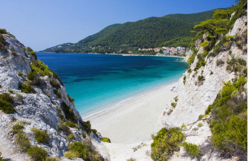 Hovolo beach op Skopelos