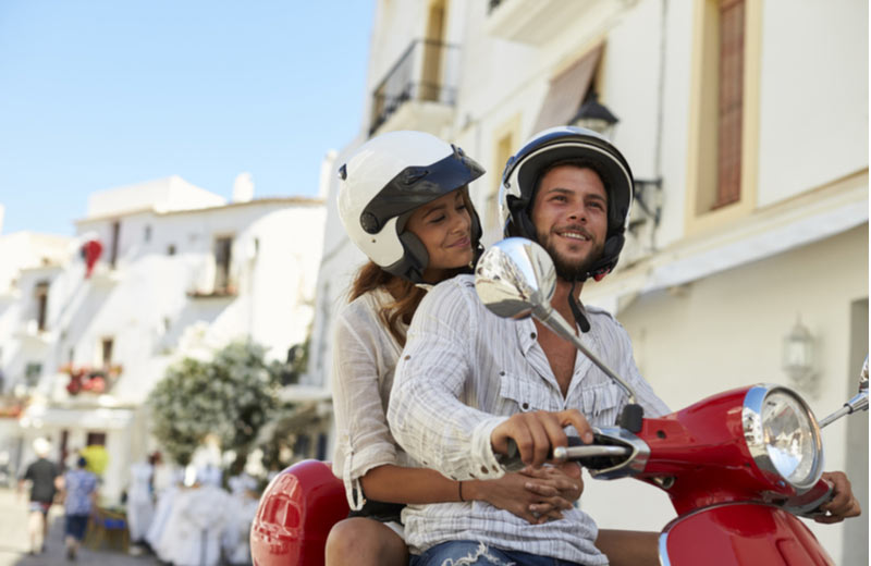Met de scooter door Ibiza-Stad