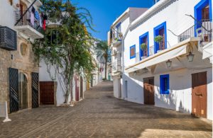 Straatjes in het oude centrum van Ibiza