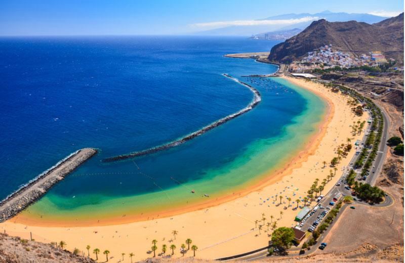 Het strand Las Teresitas