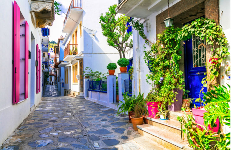 Traditionele straatjes in Skopelos-stad