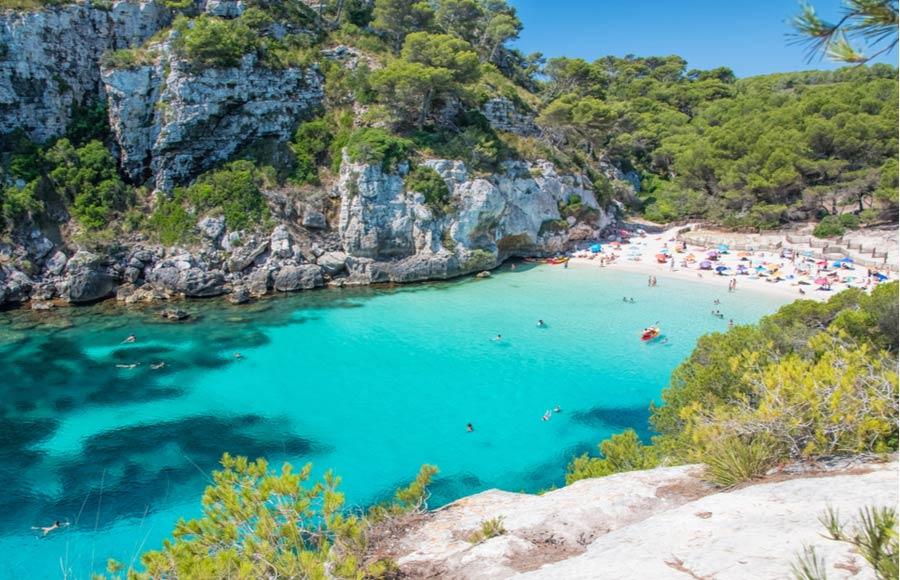 Het strand Cala Macarelleta