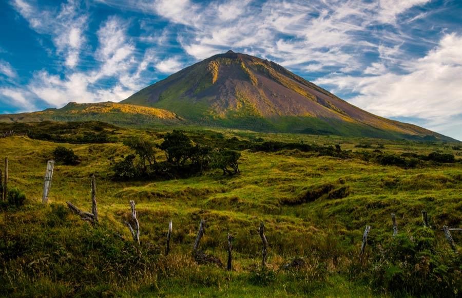 De vulkanische berg op het eiland Pico
