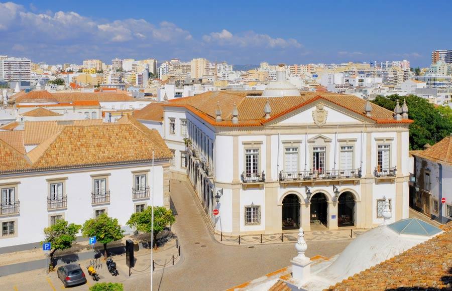 Het oude stadshuis in Faro