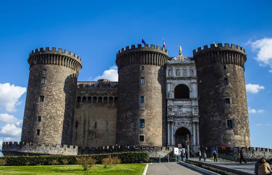 Castel Nuovo in Napels