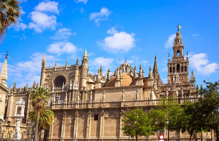 Kathedraal van Sevilla met Giralda toren