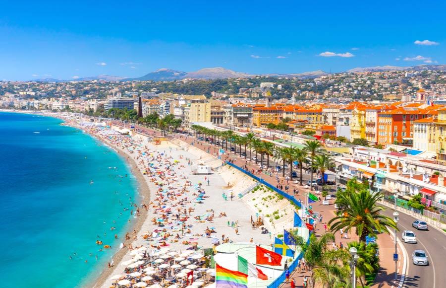 Kustlijn langs Nice