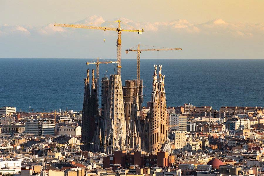 Sagrada Família Barcelona op afstand