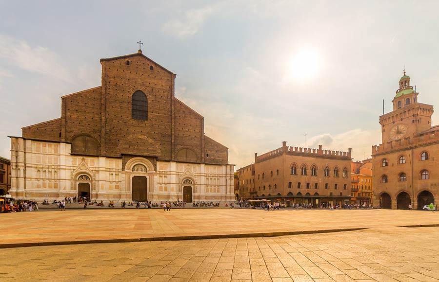 Sint Petroniusbasiliek in Bologna