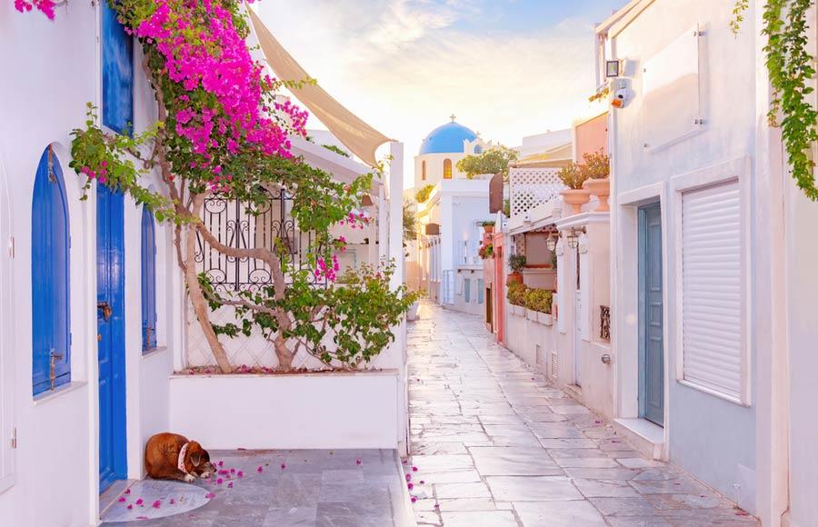 Straat in Oia op Santorini