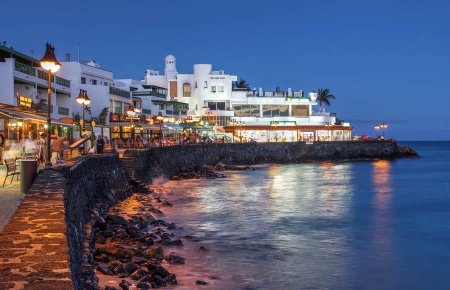 Promenade van Playa Blanca
