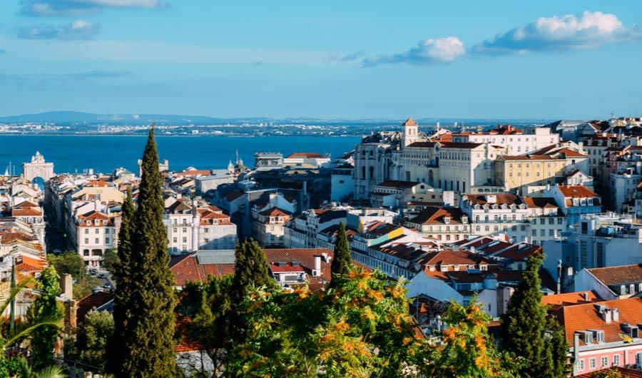 Uitzicht over de wijk Baixa