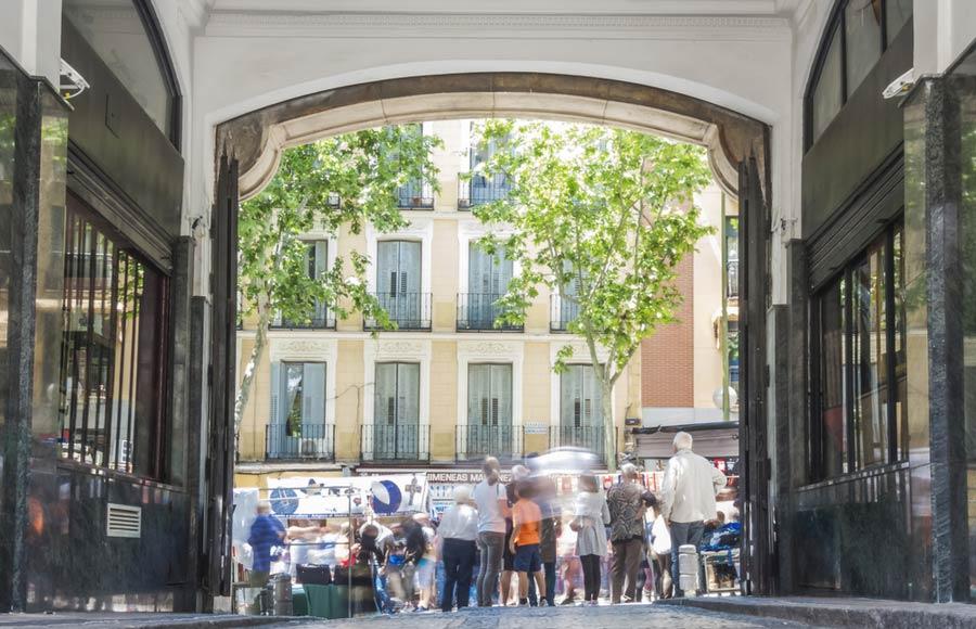 Wekelijkse markt El Rastro